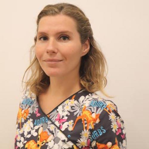 Dra. Lea Modena. Odontopediatra en Raga Manresa